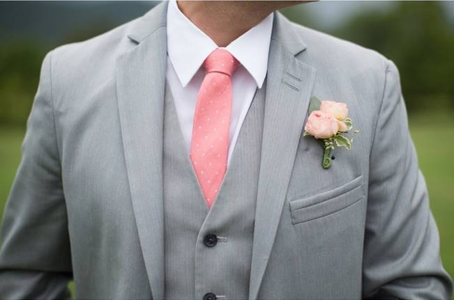 Sweet Vineyard Wedding in Virginia {Gayle Driver Photography} 11