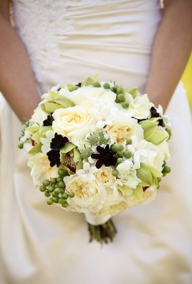 Green + Ivory Mountain Wedding at Deer Valley Resort  3