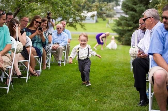 Hops Themed Wisconsin Farm Wedding {Studio Jada Photography} 12