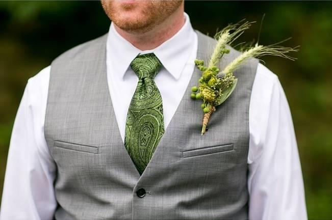 Hops Themed Wisconsin Farm Wedding {Studio Jada Photography} 8