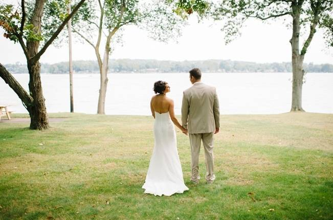 Plum Lakeside Ohio Wedding {Mindy Sue Photography} 12