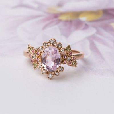 13 Romantic Vintage Inspired Engagement Rings