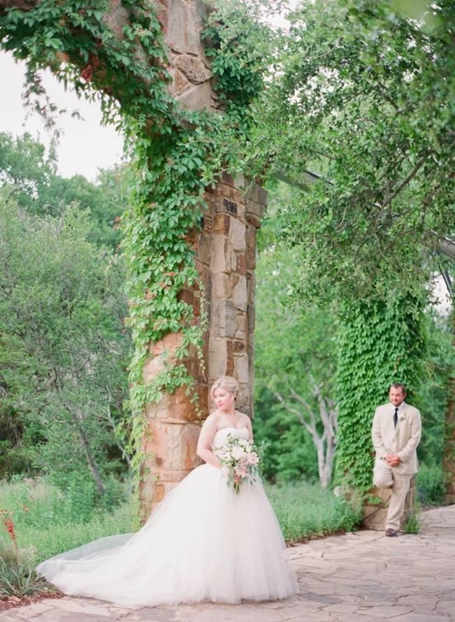 Organic Blush Wedding at The LBJ Wildflower Center in Austin, TX 13