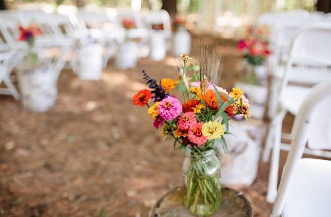 Folksy Supermoon Farm Wedding in Vermont 15