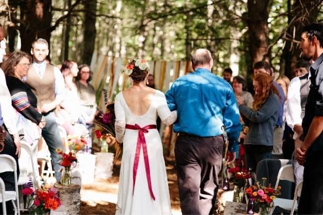 Folksy Supermoon Farm Wedding in Vermont 18