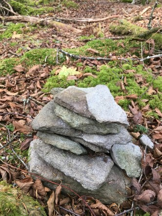 cairn for false summit