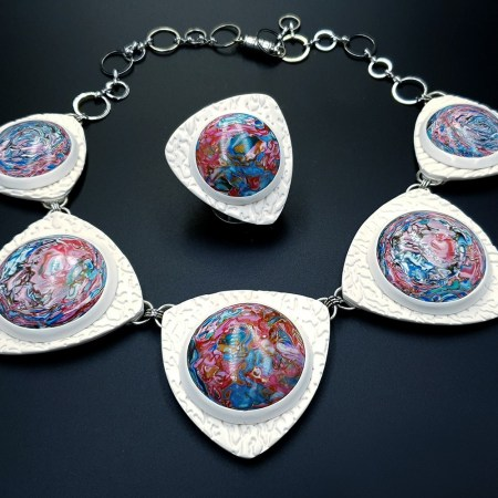 """""""Earth in the Porthole"""" Jewelry Set"""