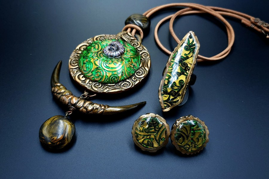 East Ethnics Jewelry Set 05
