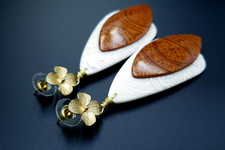 Elegance and Simplicity Earrings 04