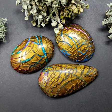 3 cabochons Faux Opalized Wood Stone from Polymer Clay