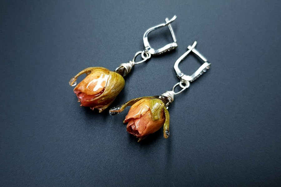Frozen Roses Earrings 08