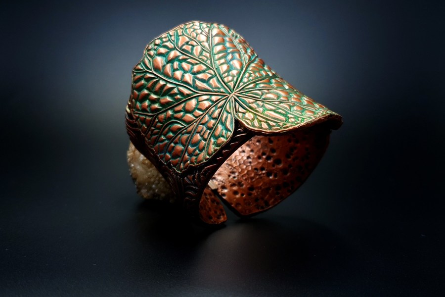 Product Begonia Leaf Bracelet Cuff 02