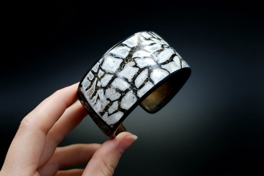 Product Cracked Marble Bracelet Cuff 05