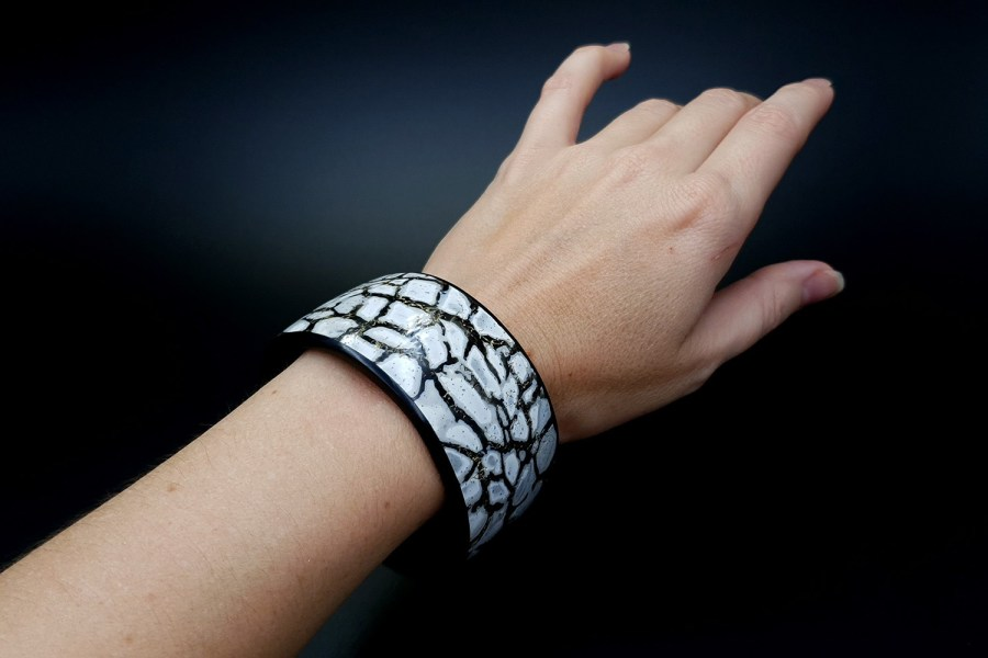 Product Cracked Marble Bracelet Cuff 09