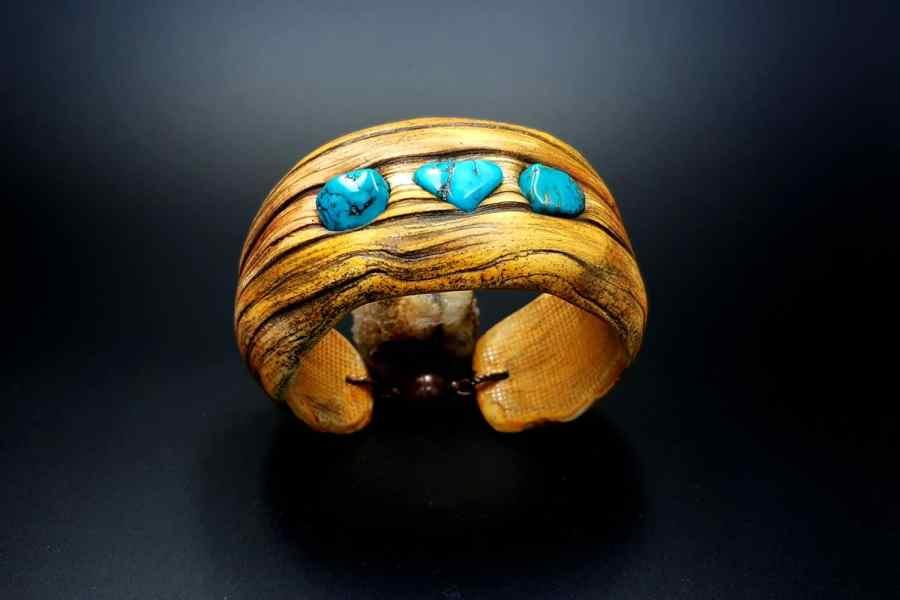 Product Drift Wood Bracelet Cuff 01