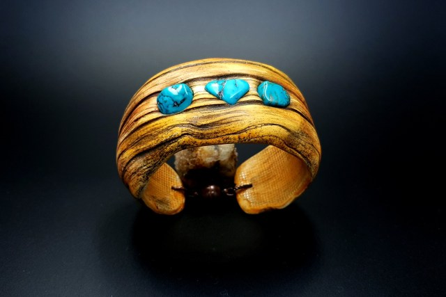 Product Drift Wood Bracelet Cuff 01