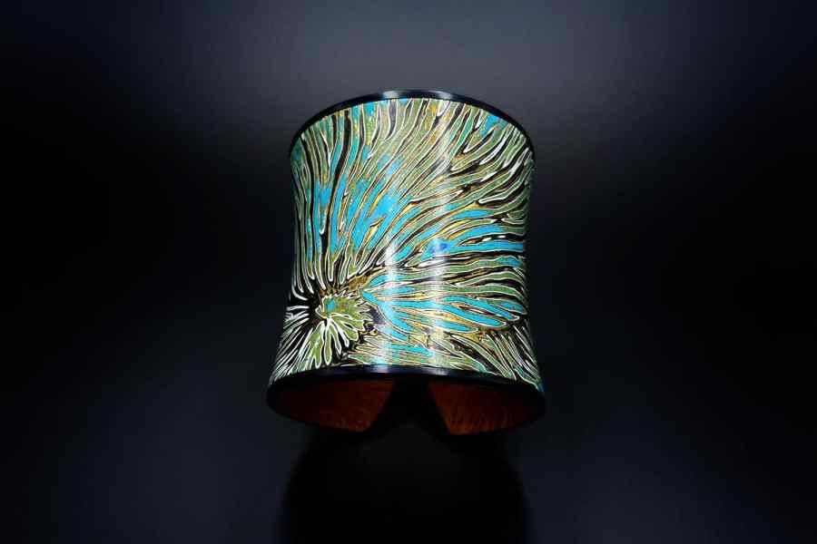 Product Nautilus Bracelet Cuff 02