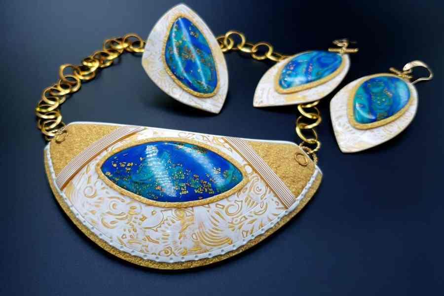 Windows Into the Ocean Jewelry set 01