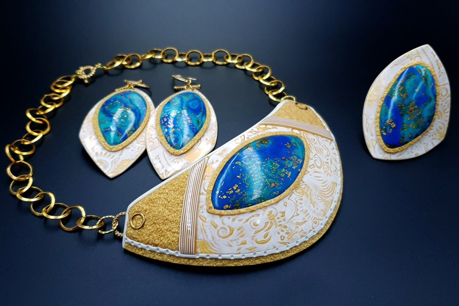 Windows Into the Ocean Jewelry set 05