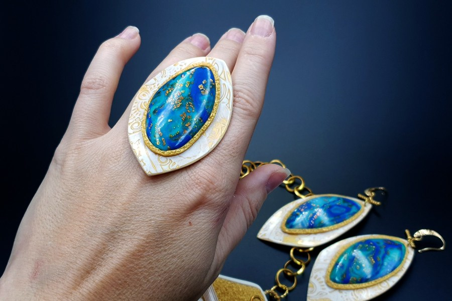 Windows Into the Ocean Jewelry set 06