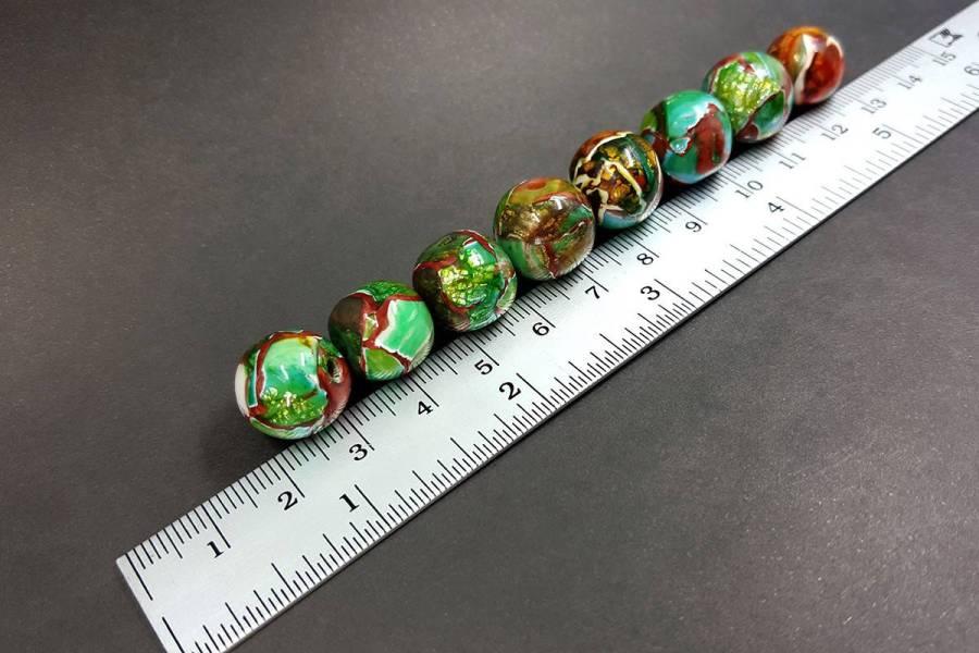 8 pcs Jade Beads p06