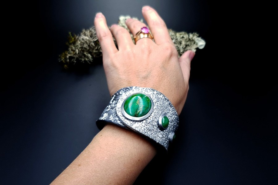 Bracelet 2 Cuff Faux Silver And Jade img10