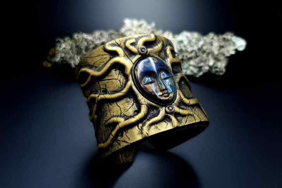 Bracelet Cuff The Goddess img02