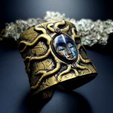 Bracelet Cuff The Goddess