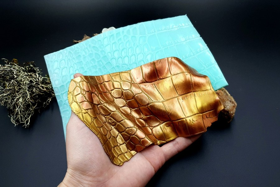Silicone Texture Crocodile Skin #3 Leather - 180x120mm 1