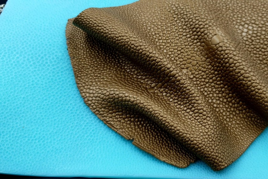 Silicone Texture Stingray Skin Leather - 180x115mm 7