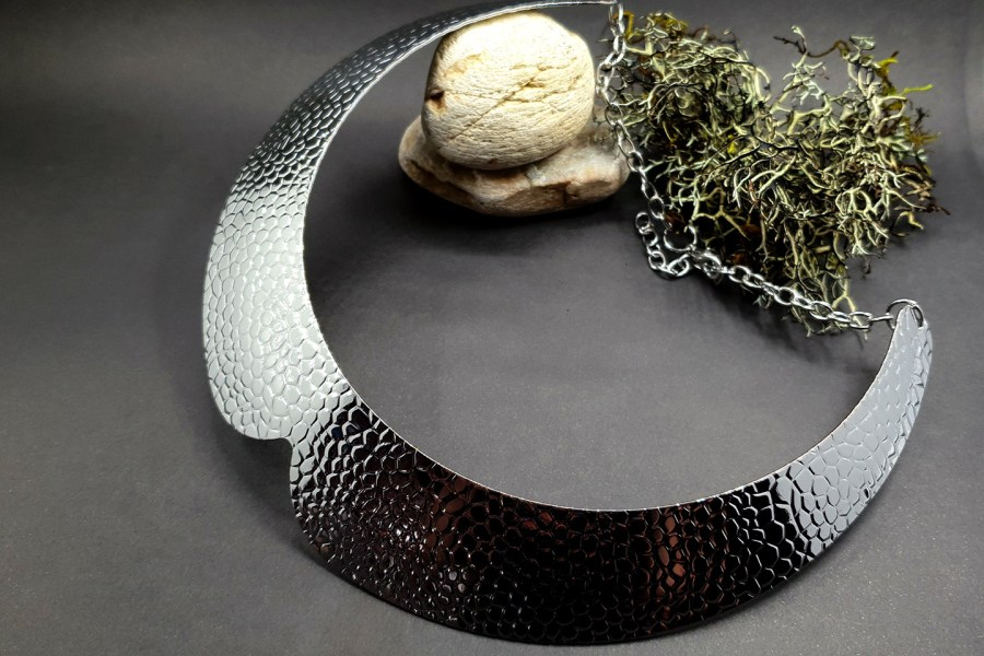 Metal silver color textured base for necklace 5