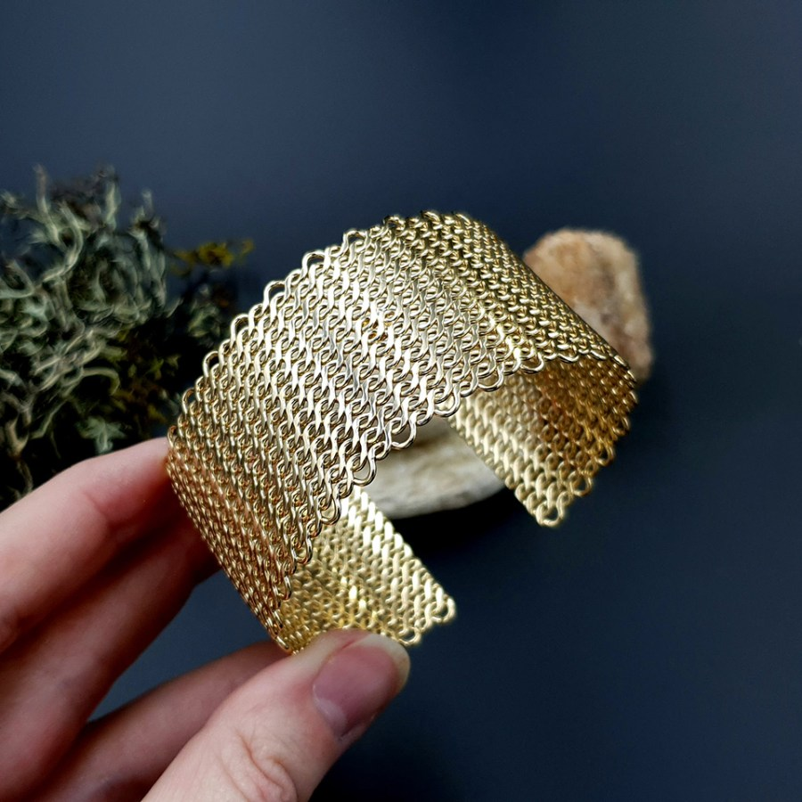 Metal gold color textured bracelets tool for baking 2