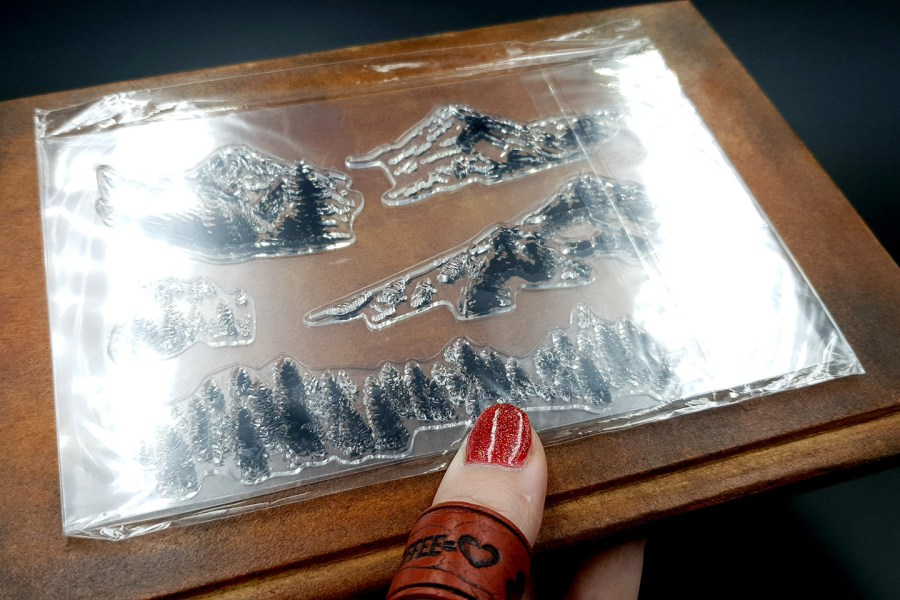 "Clear Silicone Stamp ""Mountains"" 2"