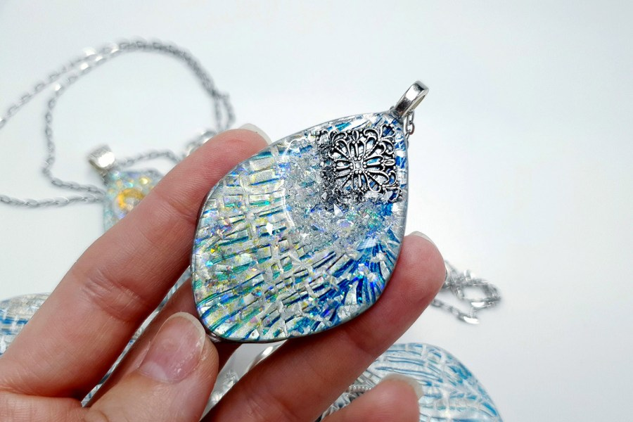 Pendant Melted Ice 10