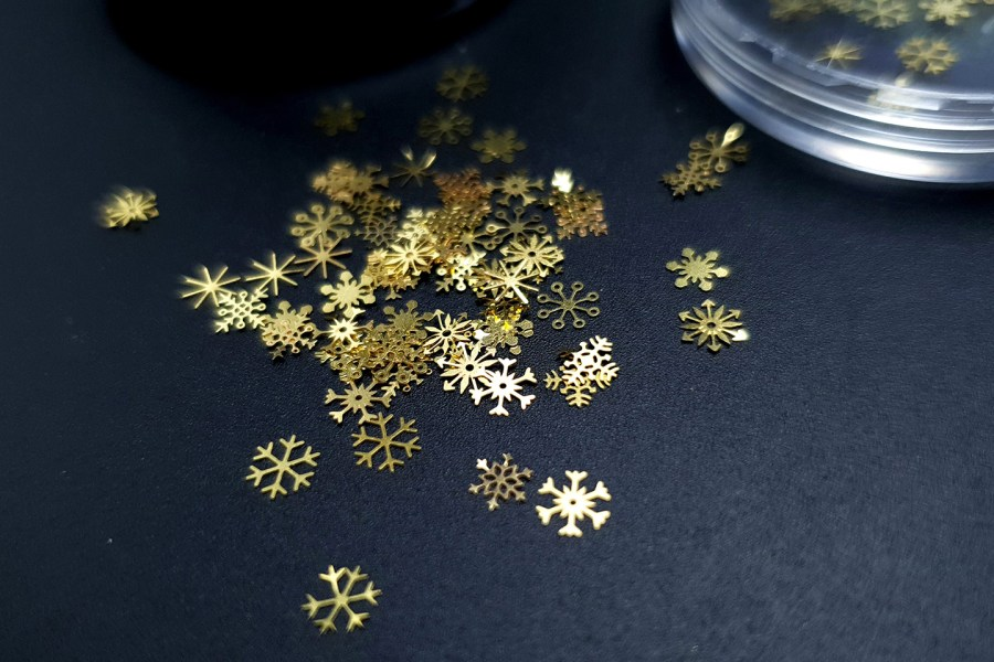 Golden Snowflakes (30g) 1