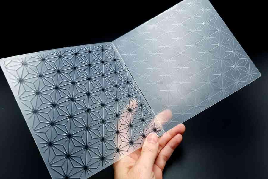 Geometric Flowers 2 (15x15) - Plastic Texture 5
