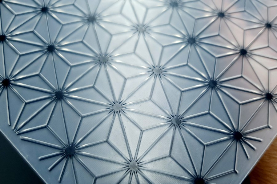 Geometric Flowers 2 (15x15) - Plastic Texture 7