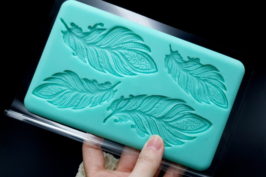 Handmade Silicone Feather Mold #1 (175x105mm) 10