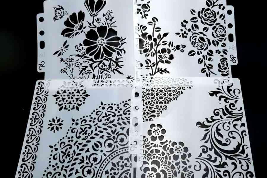 """Set of 4 pcs """"Floral"""" Plastic Stencils 9"""