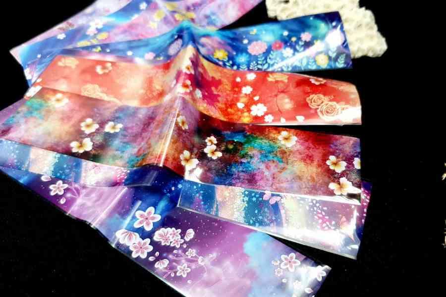 9 Unique Patterns of Colorful Flowers 4
