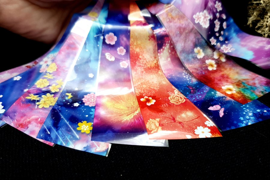 9 Unique Patterns of Colorful Flowers 7