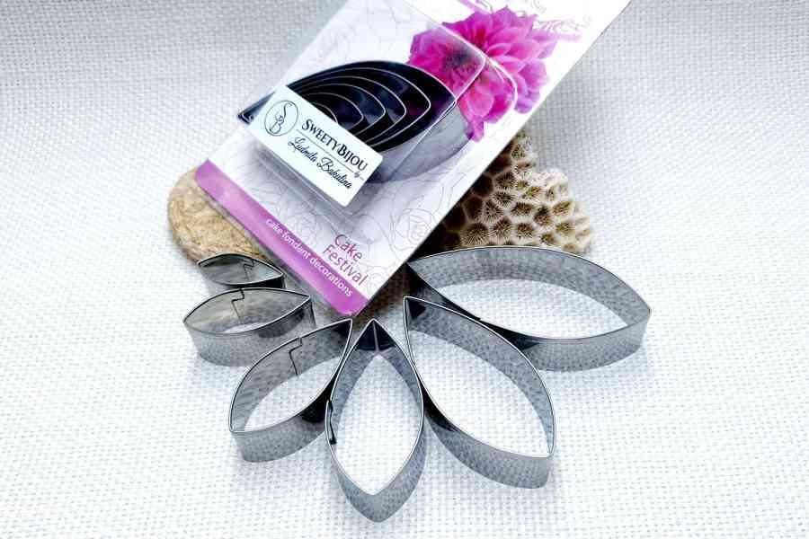 6-pcs Stainless Steel Dahlia Flower Petals Cutters 1