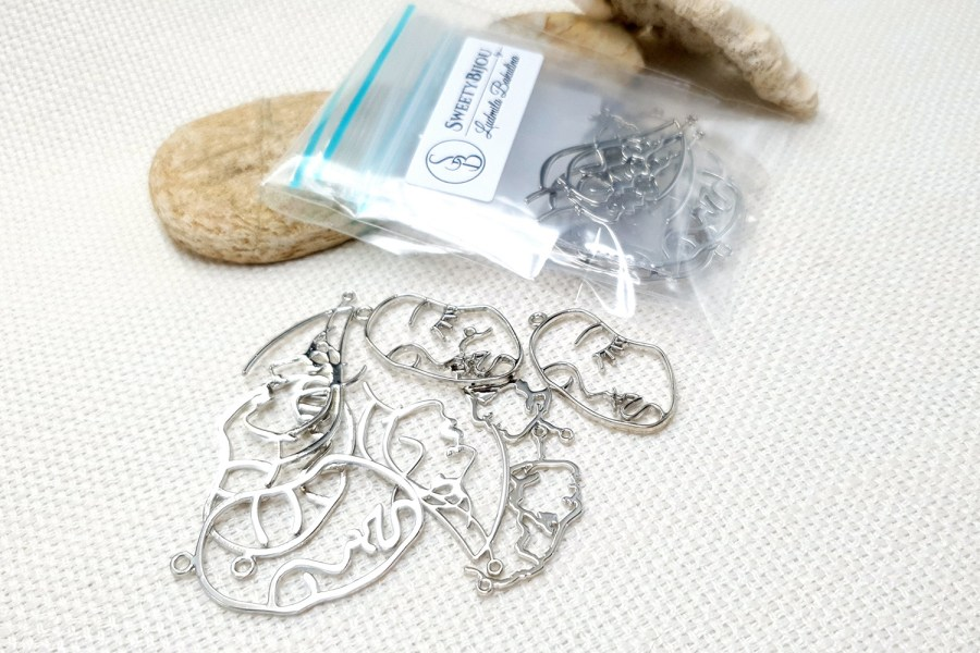 Faces - Set of 8pcs Silver Color Metal Jewelry Findings 3