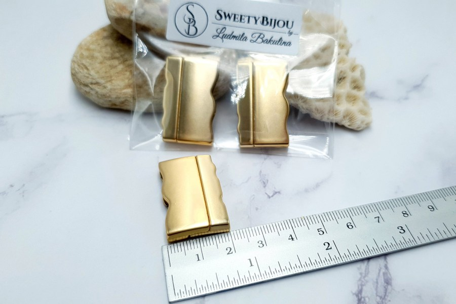 2 pcs set of golden color magnetic clasps 2