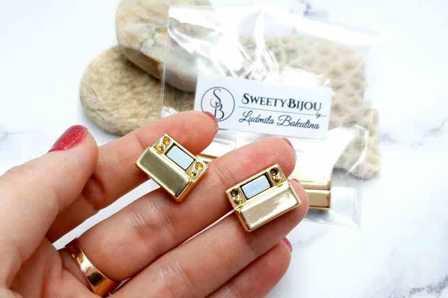 3 pcs set of golden color magnetic clasps (short) 1