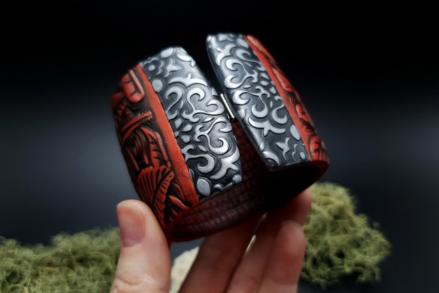 "Bracelet ""Red Wood"" Polymer clay 6"