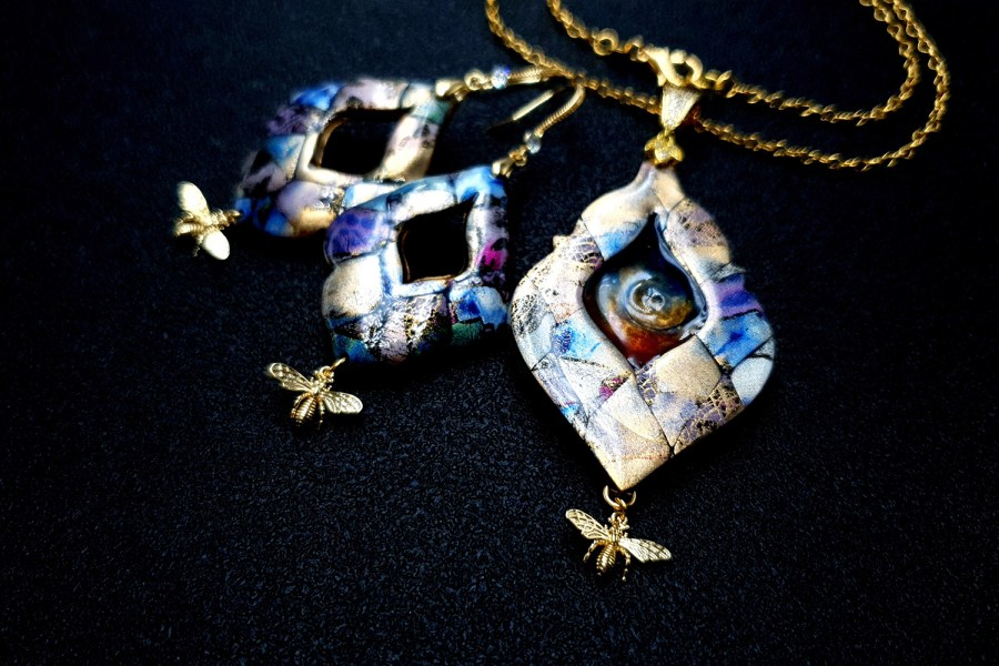 """""""The Cradle of the Universe"""" Jewelry set"""