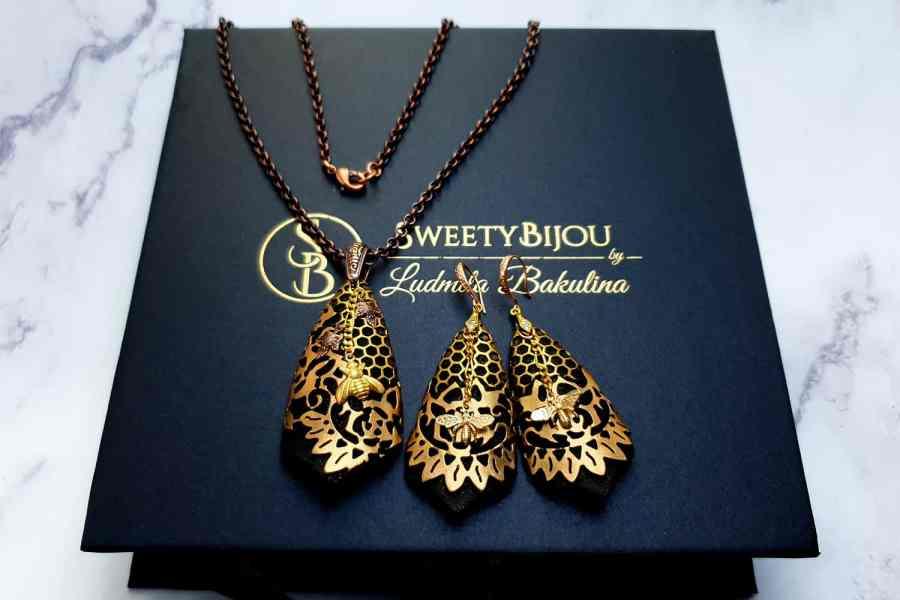 "Jewelry Set ""Golden Bees"" 2"