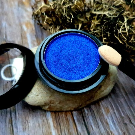 Solid pigment powder, winter sky blue with metal effect