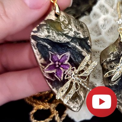 Dragonfly on the flower - unique 3D pendant and earrings